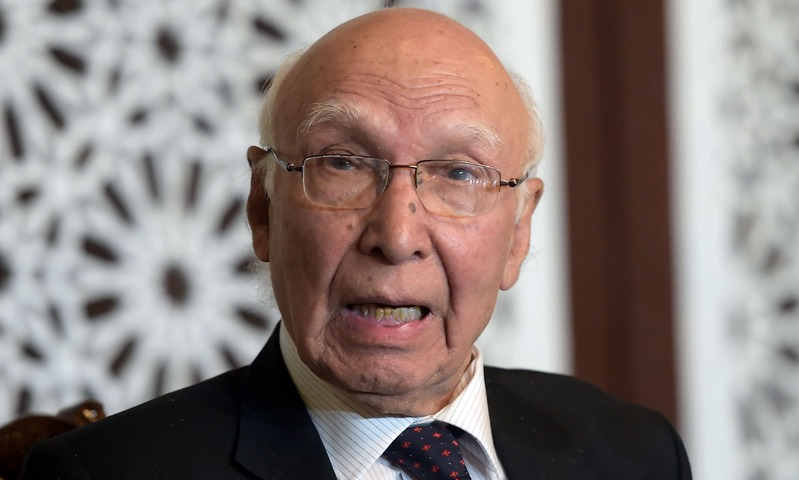 Sartaj Aziz speaks during a news conference at the Foreign Ministry in Islamabad. —AFP