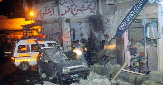 A view of bomb blast in Karachi's Nusrat Bhutto Colony on Thursday night. – APP Photo