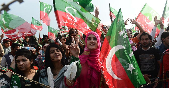 The image shows supporters of Pakistan Tehrik-i-Insaaf. — Photo by AFP/File