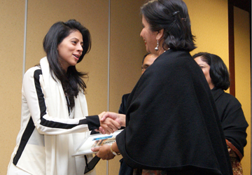 Indian Ambassador to the US, Nirupama Rao, presenting the award to Producer Meher Jaffri. — Photo: Publicity.
