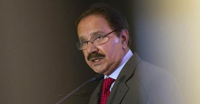 Senior PPP leader, Makhdoom Amin Fahim.—File Photo