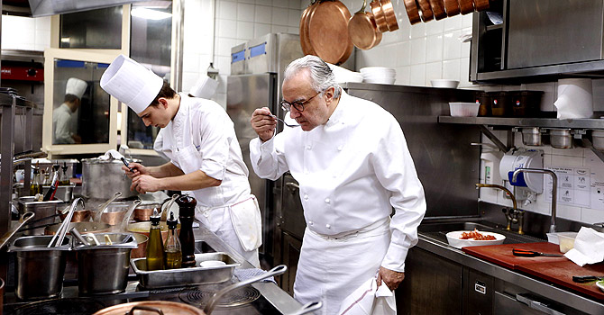 French move to ban industrial food from 39 restaurants - Chef de cuisine st louis ...