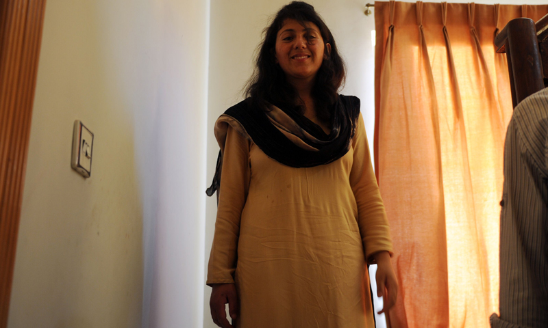 In this picture taken on June 4, 2013 Pakistani female climber Samina Baig poses  at her residence in Islamabad. The first Pakistani woman to climb Mount Everest says she wants her achievement to stand as an inspiration to all Pakistani women.  — AFP Photo.