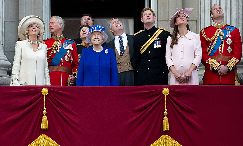 Britain's Queen Elizabeth (4th L) stands on the balcony of Buckingham Palace with Camilla, Duchess of Cornwall (L), Prince Charles (2nd L), Prince Andrew (4th R), Prince Harry (3rd R), Prince William (R) and Catherine, Duchess of Cambridge after the Trooping the Colour ceremony in central London June 15, 2013. — Reuters Photo