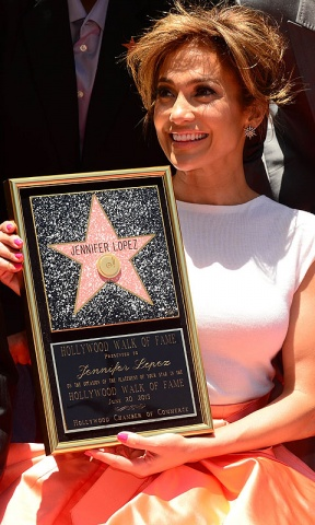 Jennifer Lopez is honored with the 2500th star on the Hollywood Walk of Fame.–AFP Photo