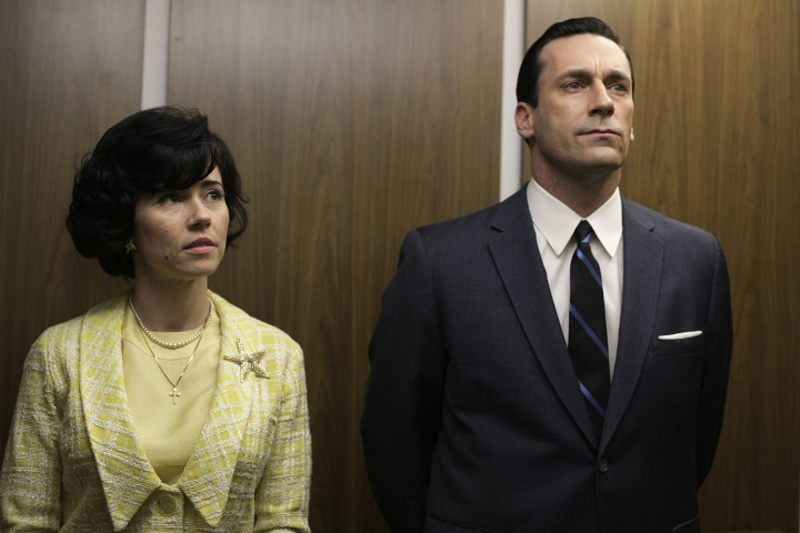 "This TV publicity image released by AMC shows Linda Cardellini as Sylvia Rosen, left, and Jon Hamm as Don Draper in a scene from ""Mad Men.""— AP Photo"
