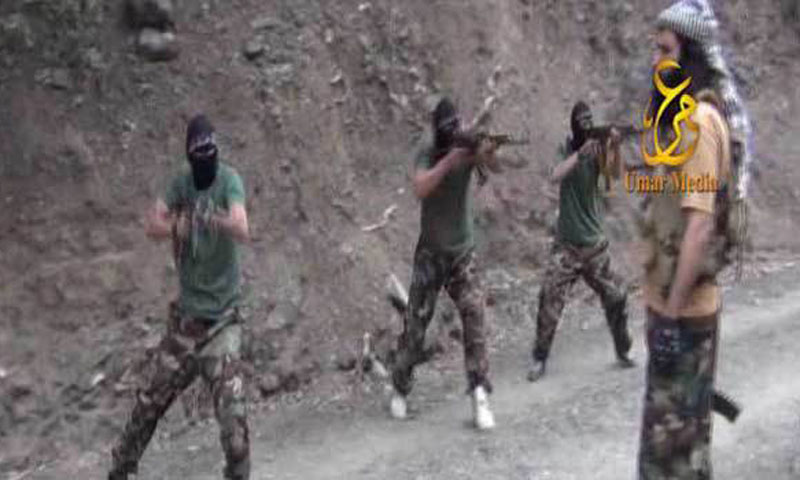 Screen shot taken from TTP video shows Adnan Rasheed training a death squad, being formed to assassinate Pervez Musharraf. – Photo courtesy Zahir Shah Sherazi