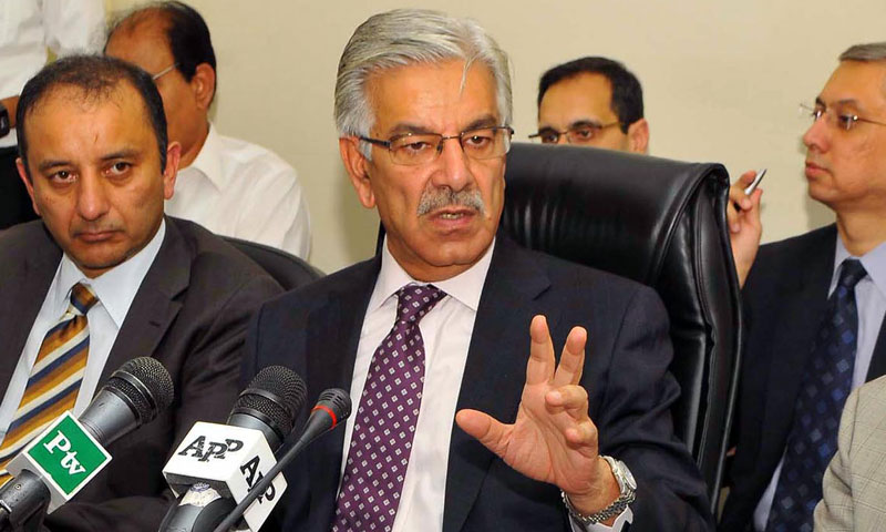 Federal Minister for Water and Power, Khawaja Muhammad Asif addressing a press conference in Islamabad on July 31, 2013.—Photo by INP