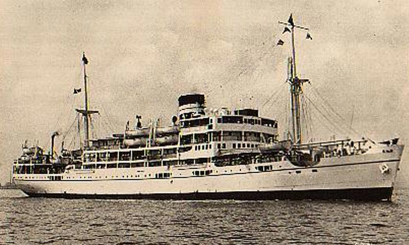 Dwarka was one of the three ships that sailed between Karachi and Bombay. -Photo courtesy: wwwshipsnostalgia.com