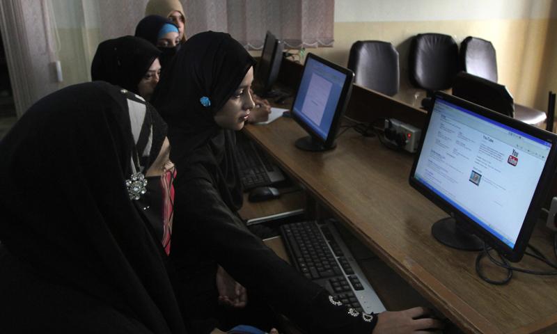 Free YouTube! Pakistan ban faces court action - Pakistan