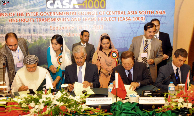 Pakistan, Afghanistan, Tajikistan and Kyrgyz Republic sign a resolution in the two-day meeting of the inter-governmental council of central Asia South Asia (CASA) transmission and trade project in Islamabad on Monday. – INP Photo