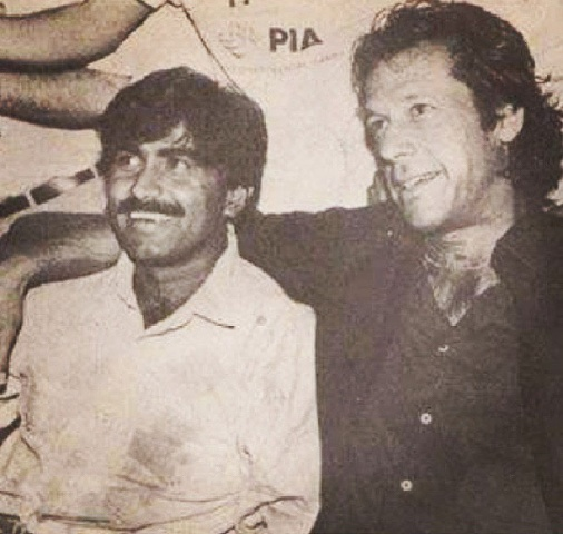 Comrades in arms (and then some): Miandad and Imran at a press conference in 1988. Both were the leading mainstays of Pakistan cricket across the 1980s.
