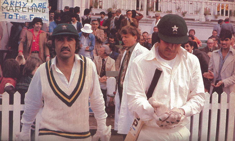 The team under Mushtaq managed to keep a fine balance between Karachi and Lahore players. Sadiq Mohammad (Karachi) and Majid Khan (Lahore) symbolised this by forming one of the most successful opening pairs in Test cricket for Pakistan.