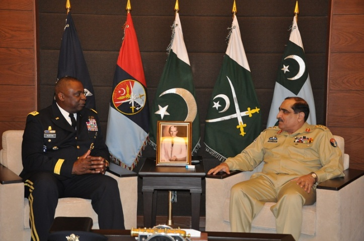 General Lloyed Austin, Commander, CENTCOM, United States of America, during his meeting with General Khalid Shameem Wynne, Chairman Joint Chiefs of Staff Committee (CJCSC). — Photo courtesy Inter Services Public Relations
