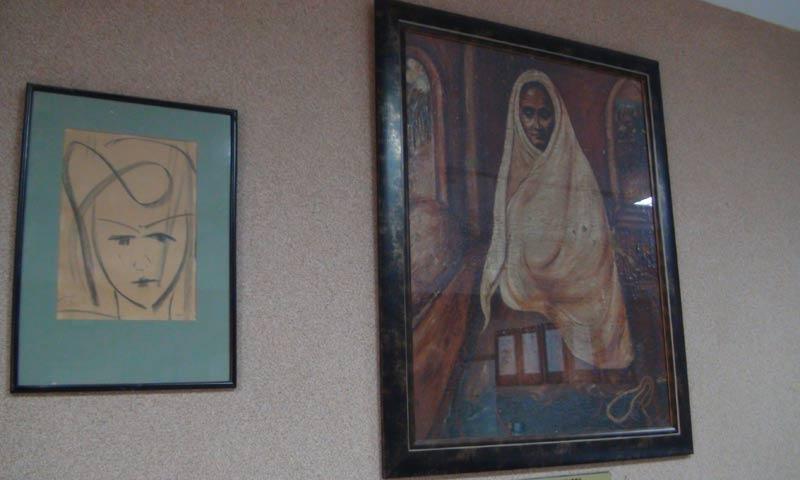 Paintings by Dr Salimuzzaman Siddiqui.  -Photo courtesy  Har Jiawei