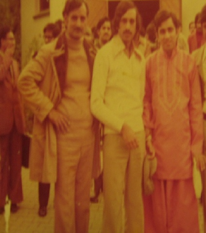 A group of Ahmadiyya youth in 1973.