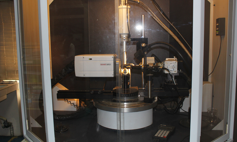 The X-ray crystallography setup is used to construct 3-D structures of molecules under study. -Photo by author
