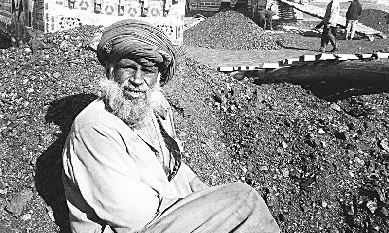 Asmatullah narrates problems coalminers face during their work — Photo by Dawn