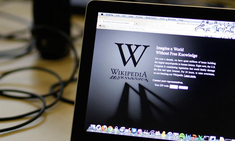 "A blackout landing page is displayed on a laptop computer screen inside the ""Anti-Sopa War Room"" at the offices of the Wikipedia Foundation in San Francisco, Wednesday, Jan. 18, 2012. — Photo AFP"