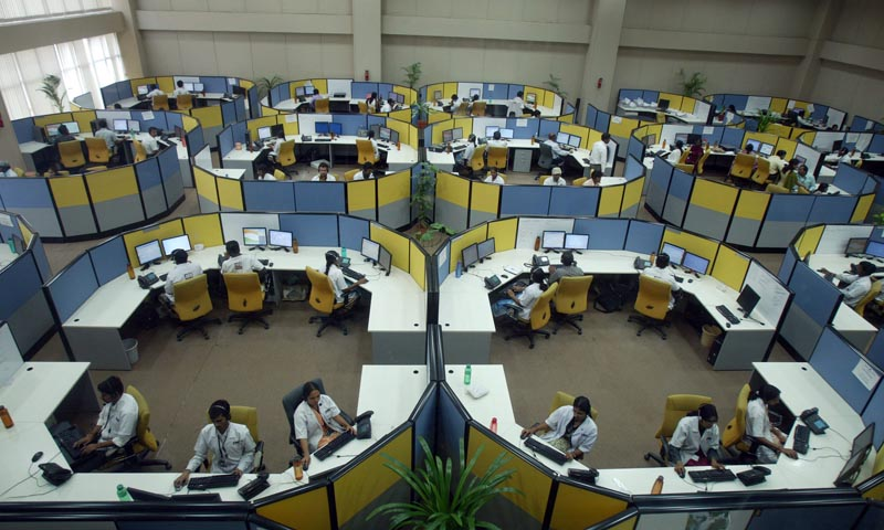 the importance of call centres in the job market Frequently, call center employees experience role stress as a result of the  conflicting demands of the  decrease role stress and how this subsequently  effects job satisfaction  direct marketing educational foundation, inc f  journal of.