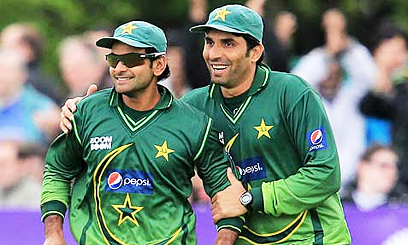 The captain with his trusted deputy, Mohammad Hafeez.