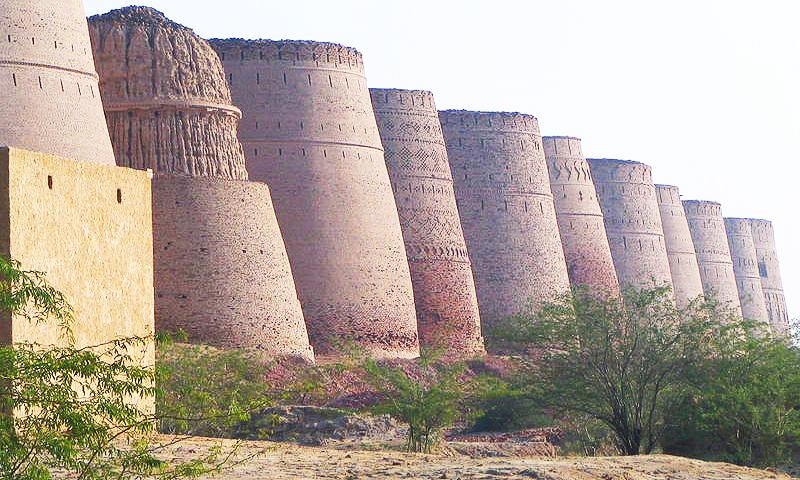 Derawar Fort, Cholistan Desert.