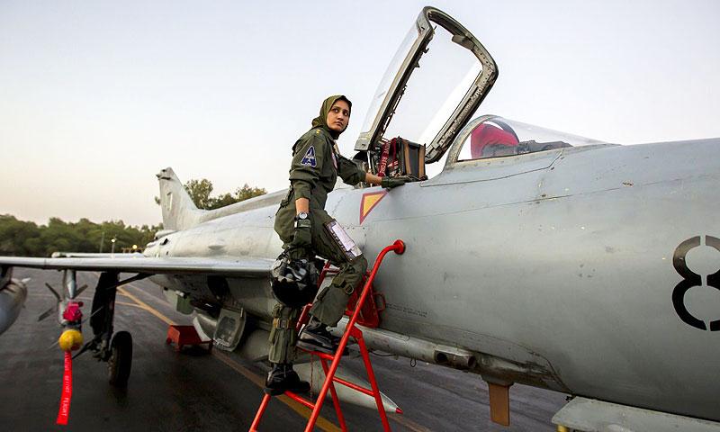 Ayesha Farooq, Pakistan