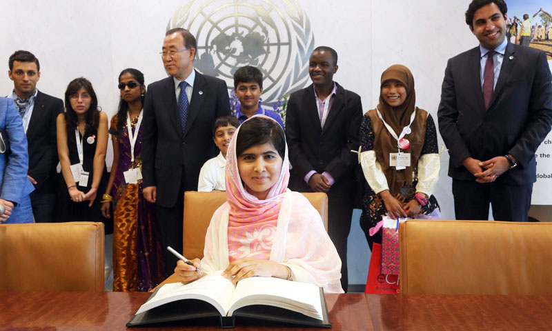 Malala Yousafzai signs United Nations Secretary-General Ban Ki-moon