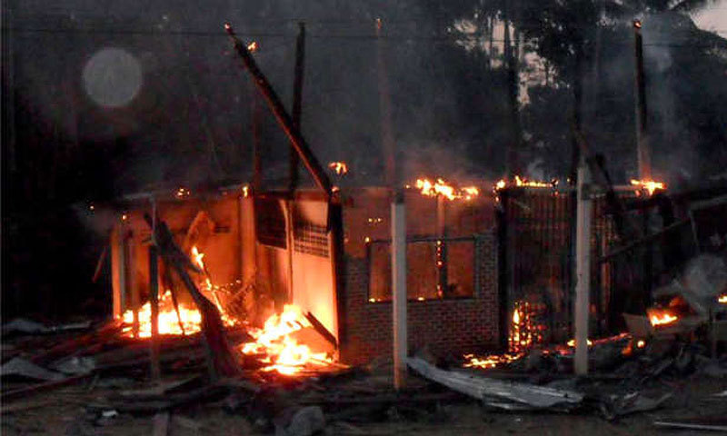 Recently a small mob set fire to a Hindu mandir in Larkana.