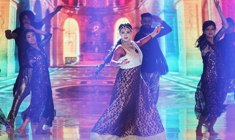 Noor performing at the HUM TV Awards - Photo from HUM Interactive Department/Facebook