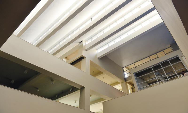 Simplistic architecture