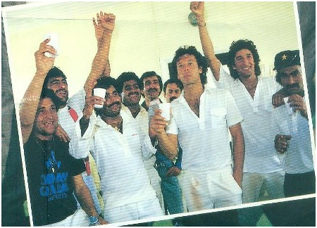 The Pakistan cricket team under Imran Khan celebrates yet another victory at Sharjah (1986).