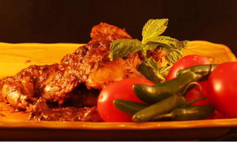 Murgh Musallam is considered a gourmet dish in the book of Moghul cuisine 'Dastarkhwan-e-Awadh'.