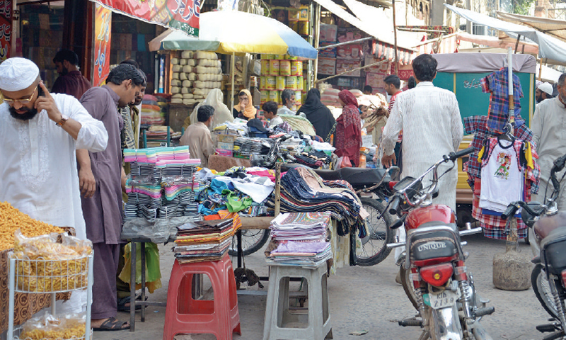 Encroachments leave no room for traffic on pindi streets for Auto decoration shops in rawalpindi