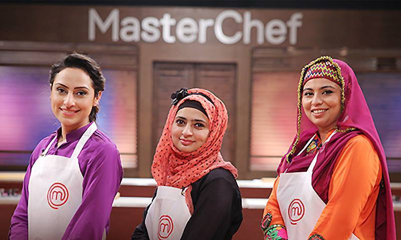 Photo shows the three finalists of the show. From left - Ammara, Madiha (c), Gulnaz – Photo courtesy: MasterChef Pakistan