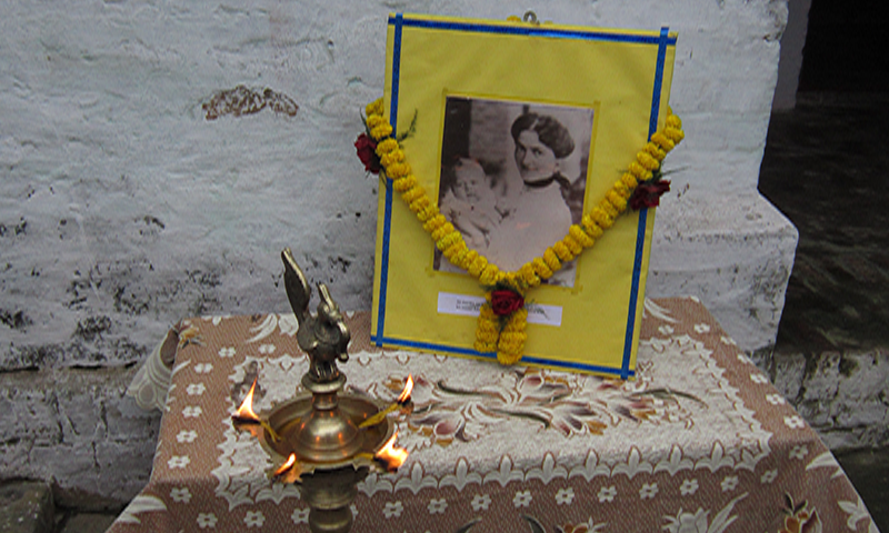 orwell hindu singles Connect with hindu singles who share your core values & common interests start a loving relationship on our hindu dating website register for free.