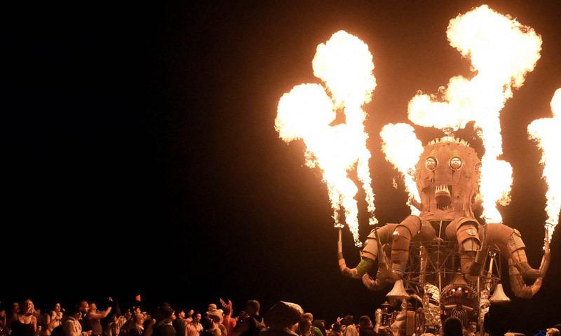 Burning Man lights up the Nevada desert - World - DAWN.COM