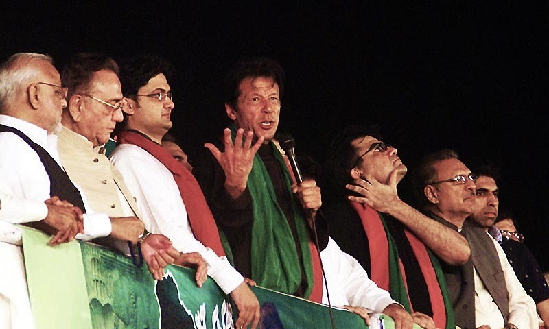 PTI Chairman Imran Khan addressing the participants of Azadi march .— Photo by INP