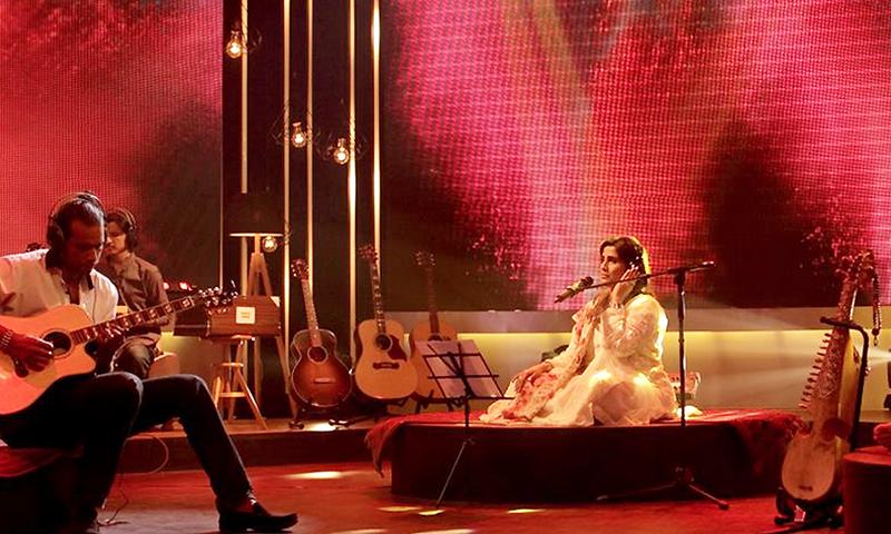 Humera Channa & Abbas Ali Khan in Episode 2 - Photo Publicity