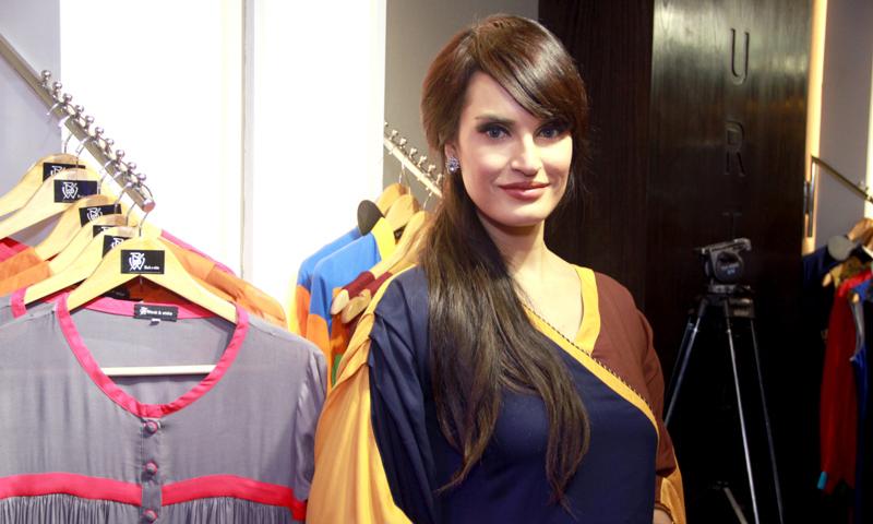 نادیہ حسین — بشکریہ فیشن یونیورس