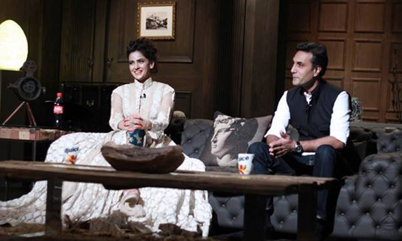Saba Qamar and Adnan Siddiqui on 'Tonight With HSY'. – Photo Courtesy: Tonight With HSY Facebook Page