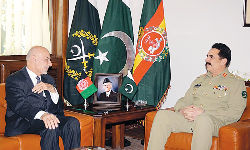 RAWALPINDI: Afghan President Ashraf Ghani meets COAS Gen Raheel Sharif at the GHQ on Friday.—INP