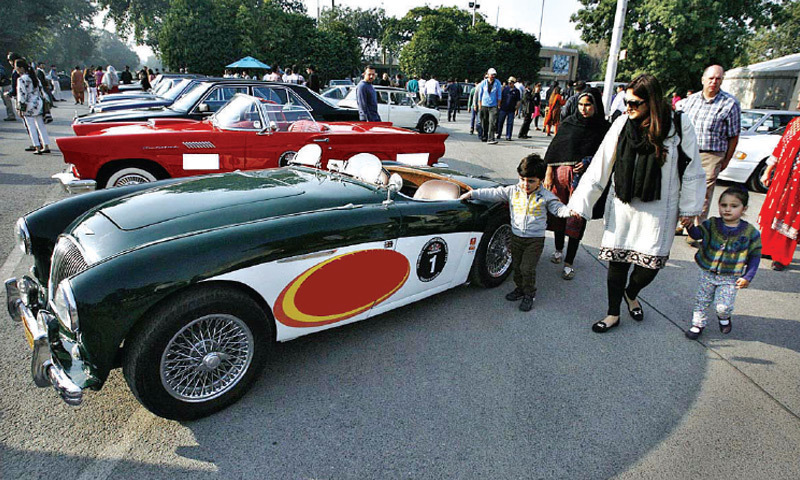 Festival Of Cars Attracts Many Pakistan DAWNCOM - Car show app