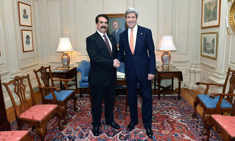 Chief of Army Staff General Raheel Sharif shaking hands with US Secretary of State John Kerry. —Photo courtesy of Major General Asim Bajwa' Twitter account