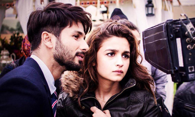 Shahid Kapoor and Alia Bhatt on the set of their upcoming movie 'Shaandaar' which was partially shot in Poland. – Photo courtesy: filmdhamaka.com