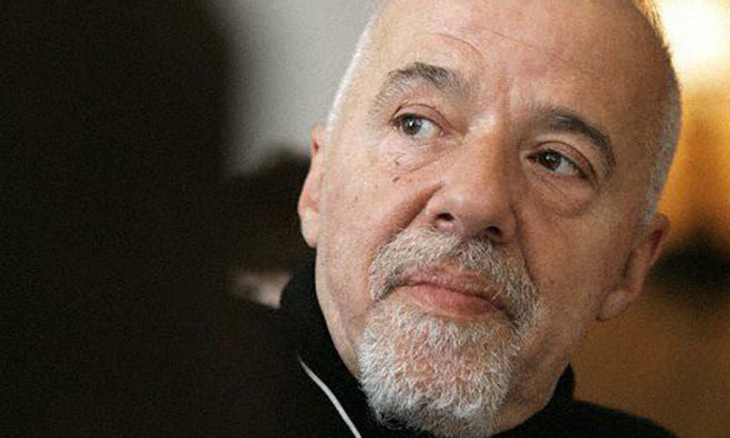 Paulo Coelho. – Photo credit:  deutschlandfunk.de