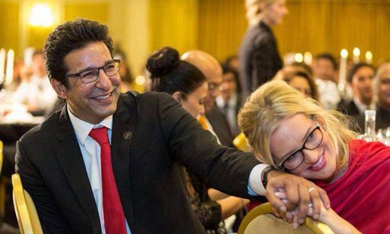 Waseem Akram And Shaniera Photo Courtesy Twitter Account