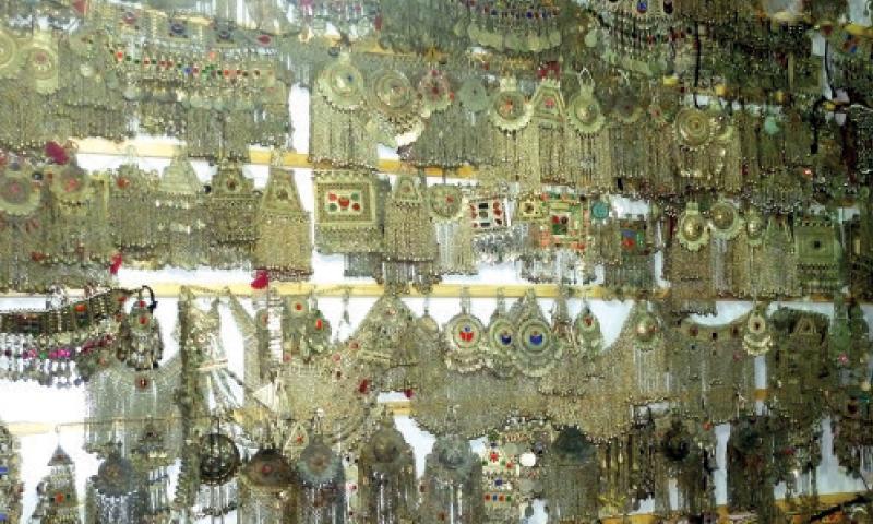 Handicraft Business Survives Despite Slump In Market Pakistan