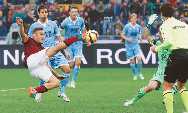 """Képtalálat a következőre: """"francesco totti derby"""""""