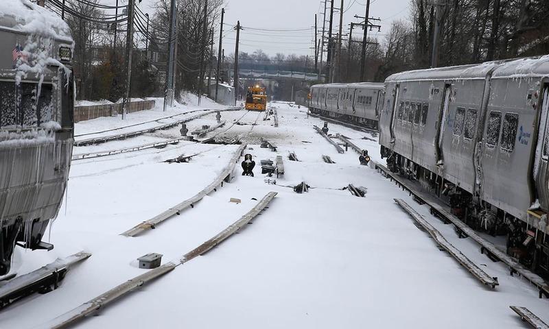 امریکا شدید برفباری کی زد میں